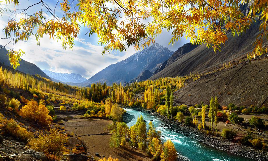 Overland Journey Hunza, Gojal & Gandhara - Rock Valley Tours Pvt Ltd